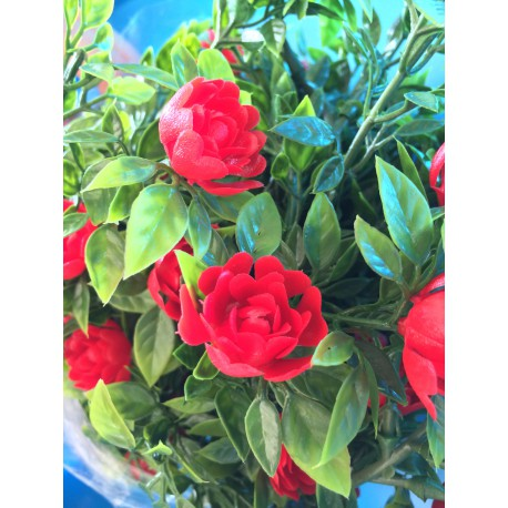 Guirlande de roses rouges